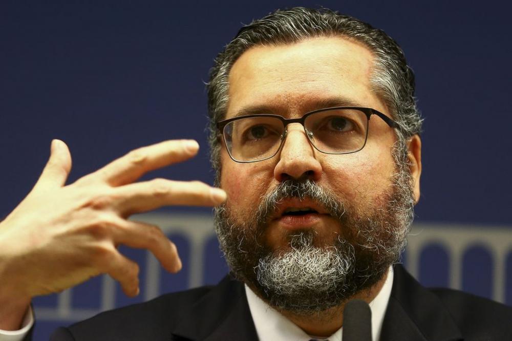 O ministro das Relações Exteriores, Ernesto Araújo, recebeu a imprensa para comentar o acordo do Mercosul com a União Europeia - Foto: Marcelo Camargo/Agência Brasil