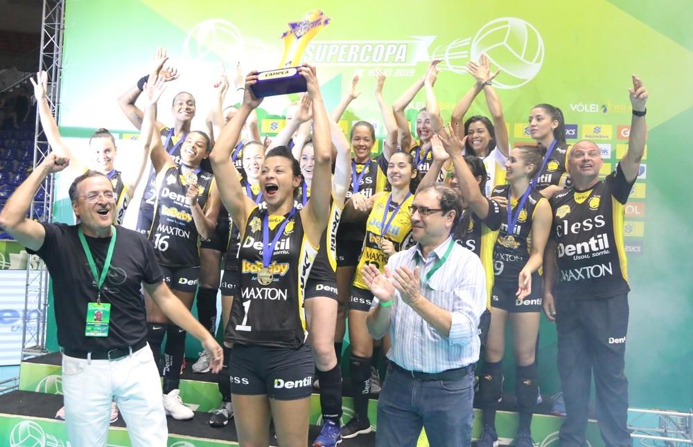 Praia Clube é o atual bicampeão da Supercopa Feminina de vôlei - Foto: Daniel Nunes