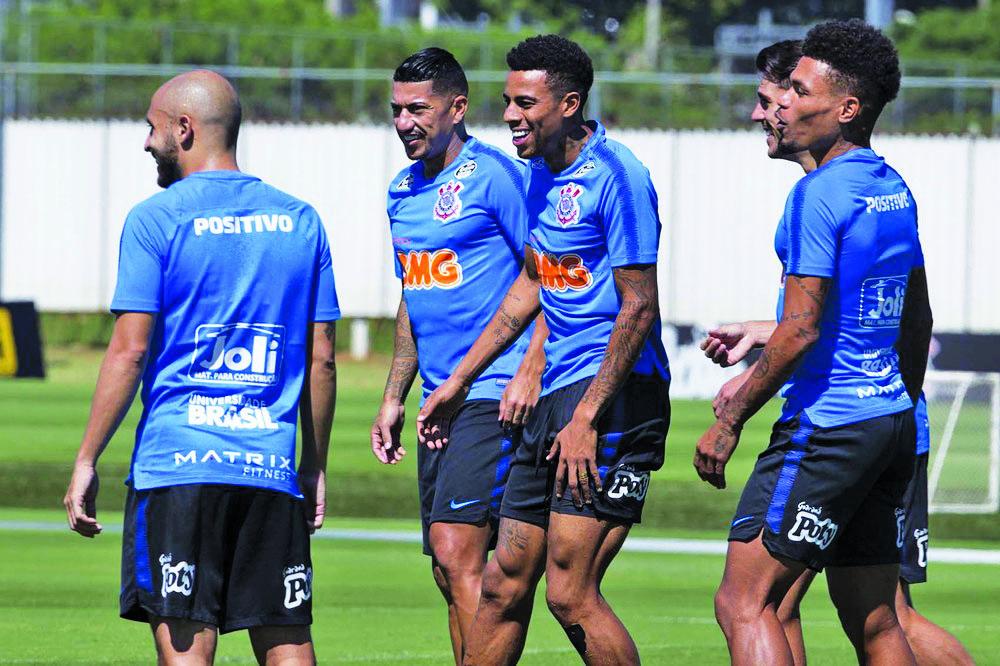 Ralf volta a ser opção no Corinthians