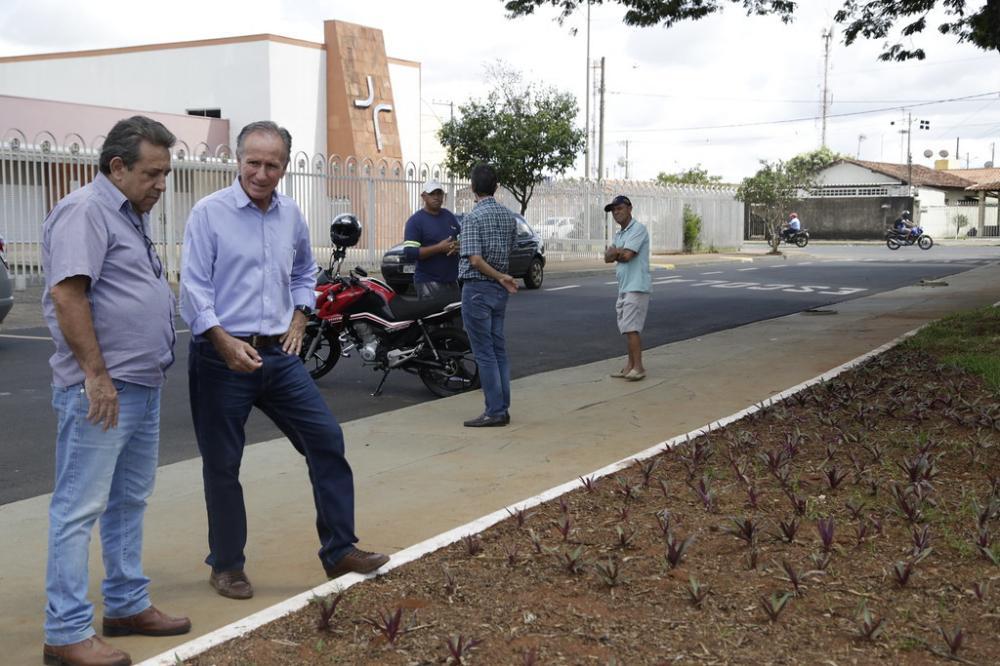 O projeto contempla a revitalização de 37 praças - Foto: André Santos/PMU