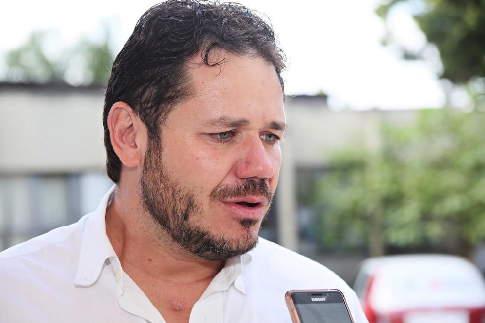 Diretor de Vigilância em Saúde, Robert Boaventura, destaca que os grupos prioritários da Campanha terão suas vacinas asseguradas - Foto: Neto Talmeli