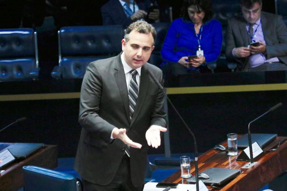 Senador Rodrigo Pacheco apresenta projeto de lei que simplifica a Lei do Inquilinato
