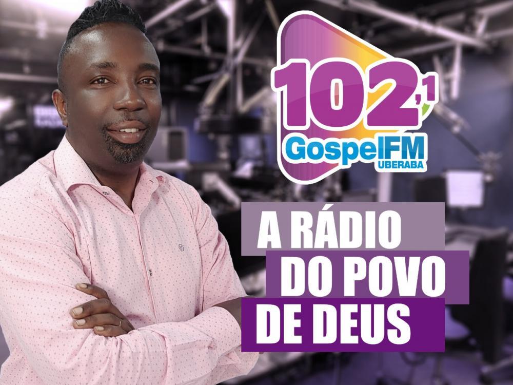 Pastor Eloisio Santos comemora a Rádio Gospel - FOTO: Divulgação
