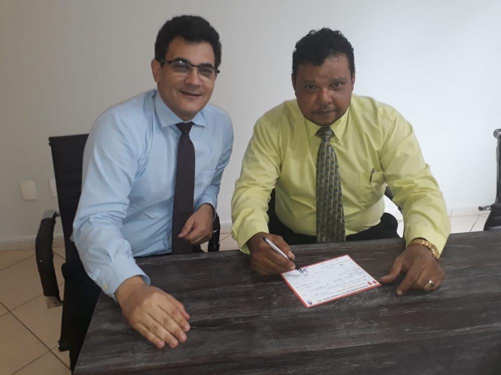 O presidente do PDT Uberaba confirmou a filiação do pré-candidato a vereador Orlando de Souza Júnior