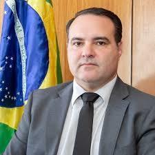 Jorge Oliveira, ministro da Secretaria Geral da Presidência, anunciou a publicação; Conselho está no Ministério da Economia e com a mudança, o presidente do Coaf, hoje um nome de confiança de Sergio Moro (Justiça), deve ser substituído