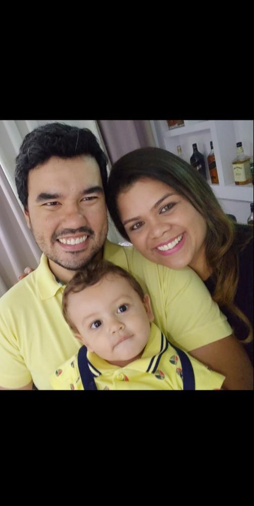 Alex Dias e Andreza Almeida Dias, juntinhos com fofíssimo Lucca Almeida Dias. Uma família linda e abençoada. Com carreiras bem sucedidas e muito amor na vida pessoal, eles merecem muitas felicidades. Andreza é uma referência e soluções e excelência no rel