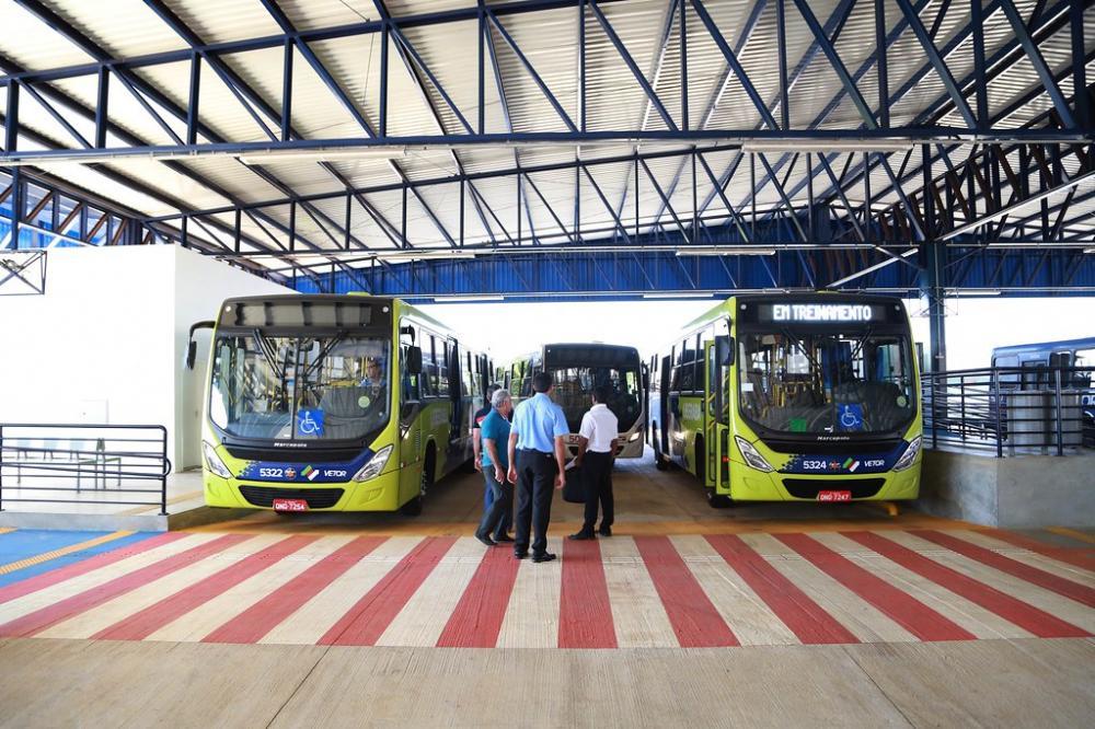 Empresas de transporte coletivo de Uberaba, Líder e São Geraldo, podem interromper circulação - Foto: Neto Talmeli