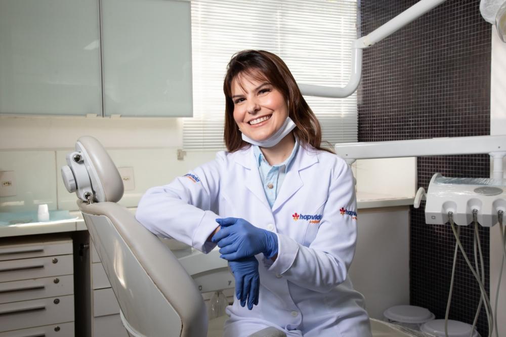 Dentista do Hapvida Rafaela Magda dá dicas sobre como cuidar da saúde bucal durante a quarentena - Foto: Divulgação